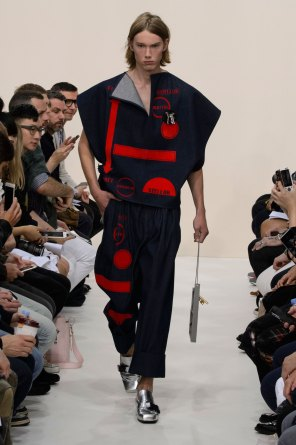 jw-anderson-spring-2016-mens-show-the-impression-34