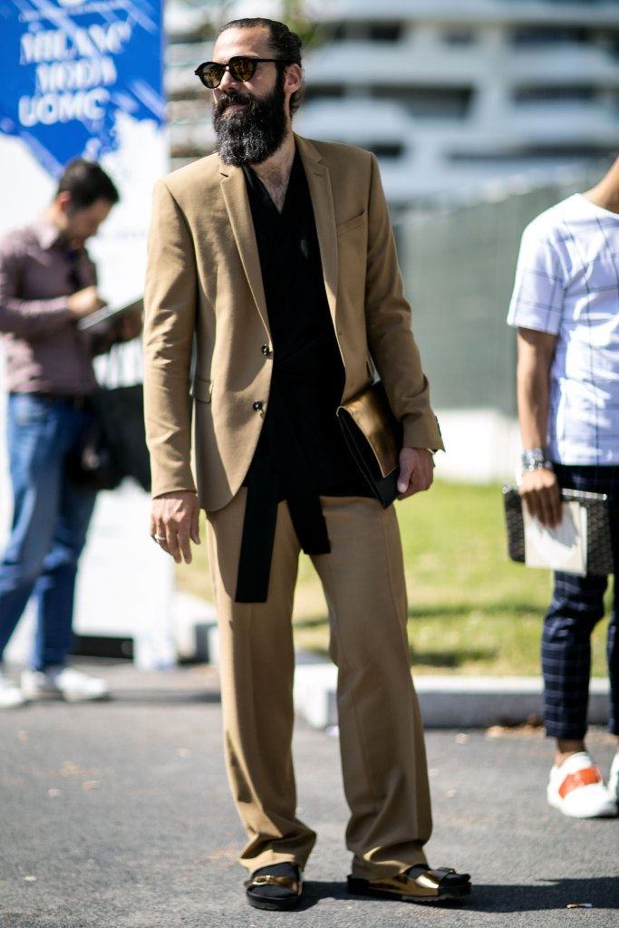mens-milan-street-style-day-1 june-20-2015-the-impression-53