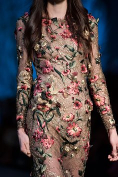 RALPH-and-RUSSO-close-ups-fall-2015-couture-the-impression-092