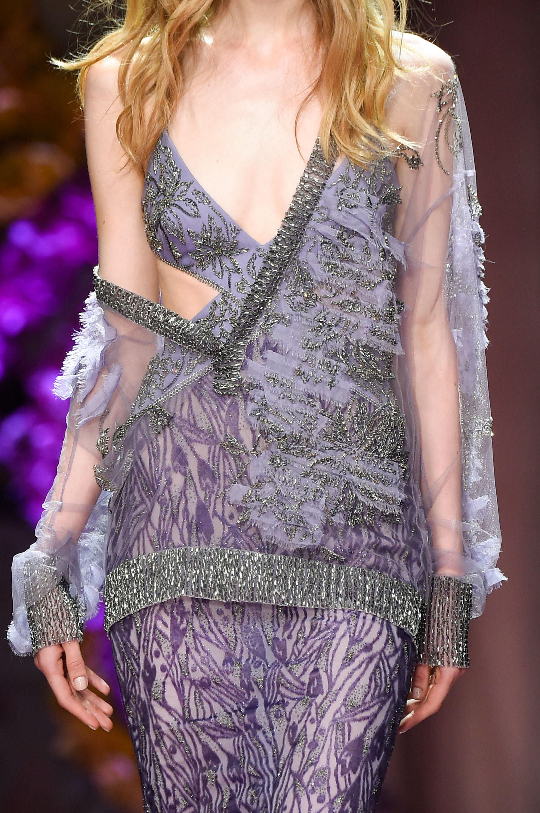 atelier-versace-close-ups-fall-2015-couture-the-impression-045