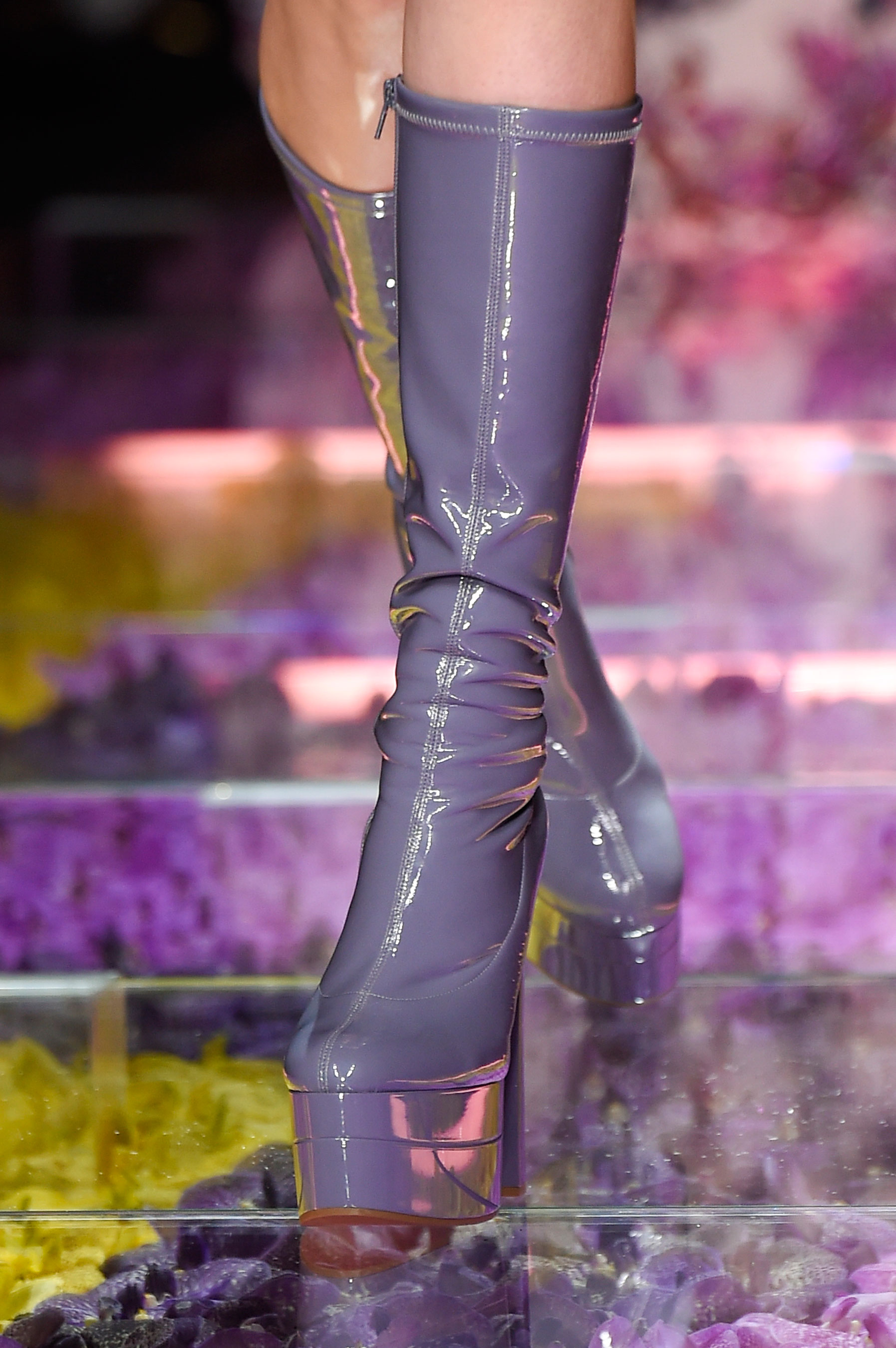atelier-versace-close-ups-fall-2015-couture-the-impression-105