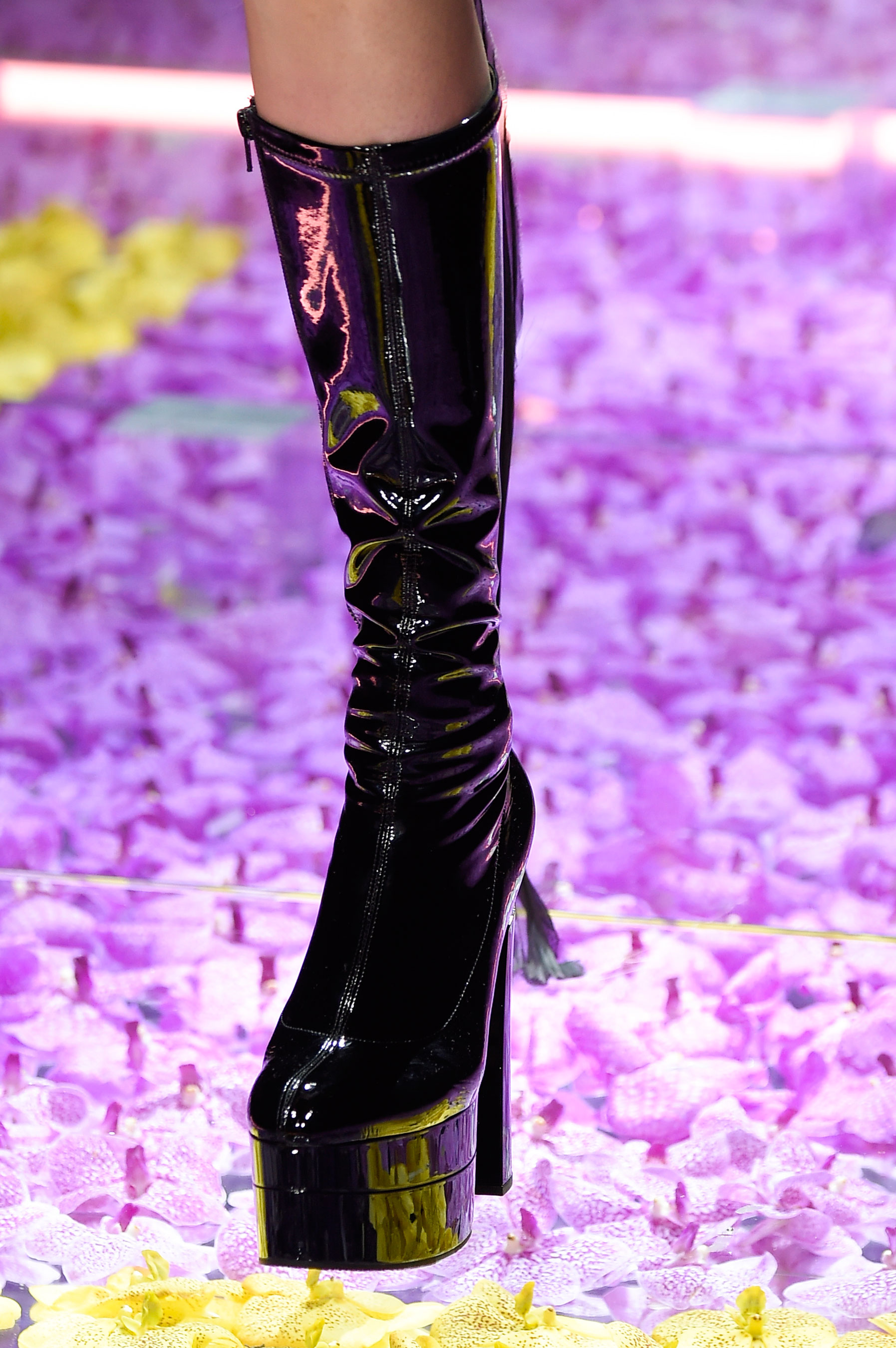 atelier-versace-close-ups-fall-2015-couture-the-impression-138