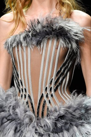 atelier-versace-close-ups-fall-2015-couture-the-impression-160