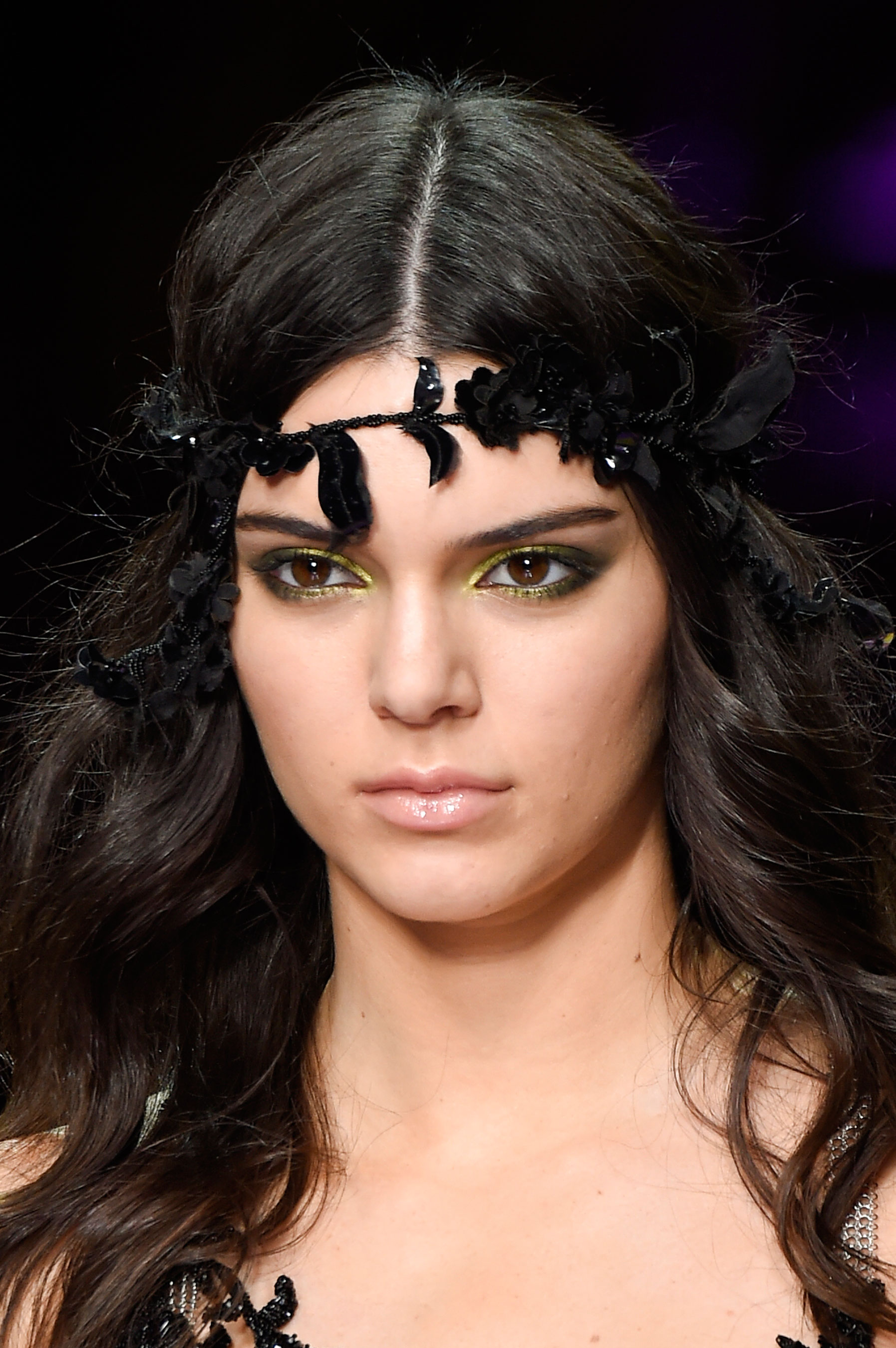 atelier-versace-close-ups-fall-2015-couture-the-impression-195