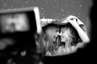 cara-delevingne-and-kate-moss-for-my-burberry-fall-2015-ad-campaign-the-impression-08