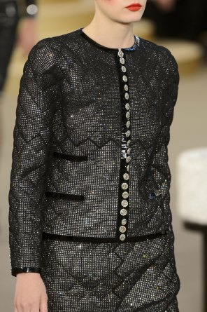 chanel-close-ups-fall-2015-couture-show-the-impression-052