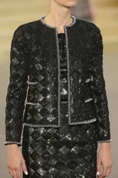 chanel-close-ups-fall-2015-couture-show-the-impression-057