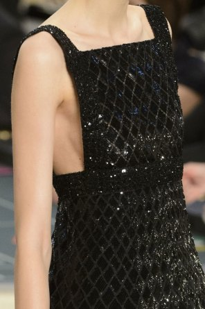 chanel-close-ups-fall-2015-couture-show-the-impression-145