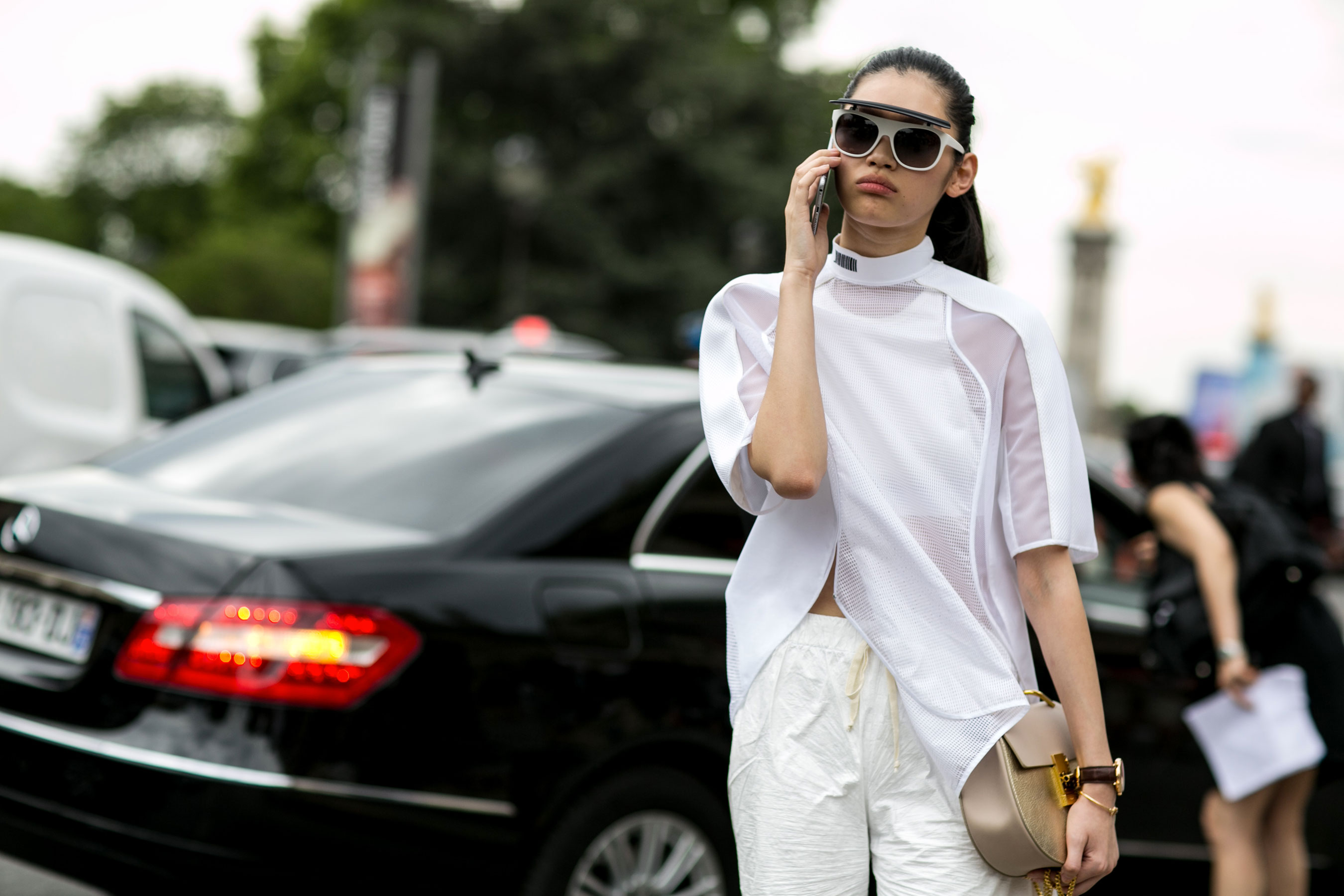 street-style-day-3-july-2015-paris-couture-shows-the-impression-028