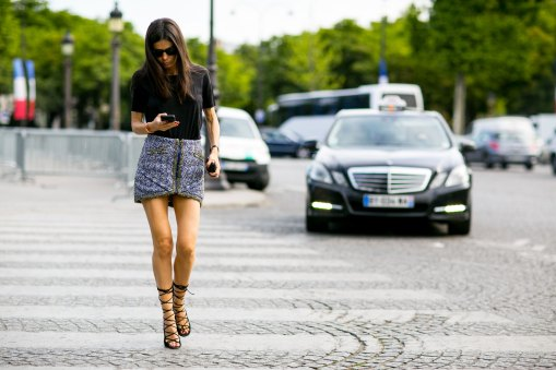 street-style-day-3-july-2015-paris-couture-shows-the-impression-038