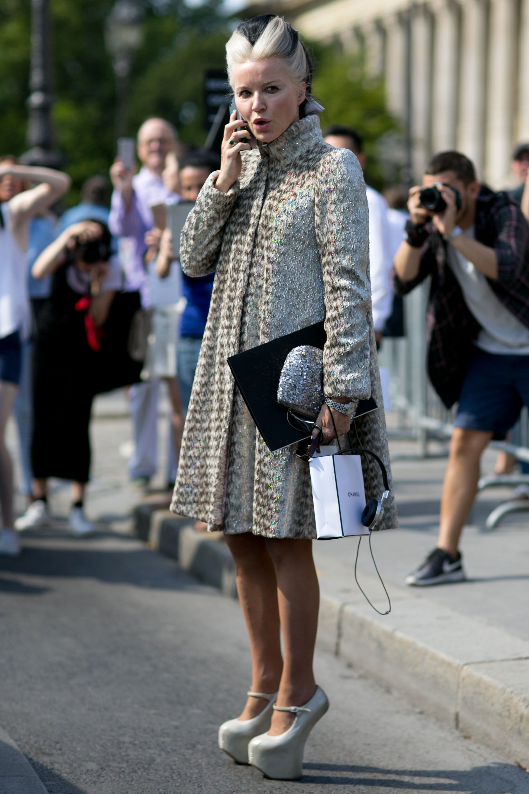 street-style-day-3-july-2015-paris-couture-shows-the-impression-041
