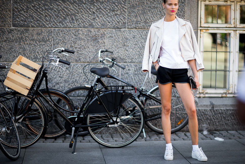 street-style-copenhagen-day-1-the-impression-095