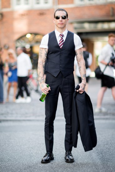 street-style-copenhagen-day-2-the-impression-68