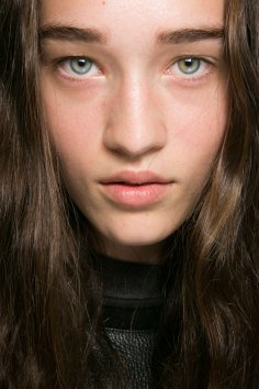 Alexander Wang Beauty-spring-2016-fashion-show-the-impression-04