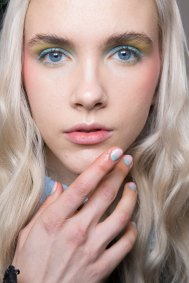 Alexis-Mabille-spring-2016-beauty-fashion-show-the-impression-34