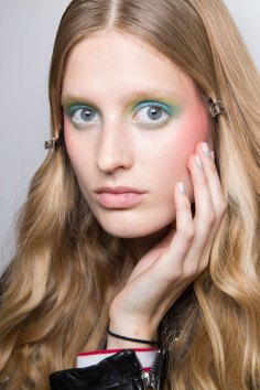 Alexis-Mabille-spring-2016-beauty-fashion-show-the-impression-46