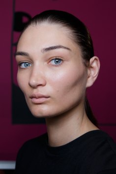 Anrealage-spring-2016-beauty-fashion-show-the-impression-37