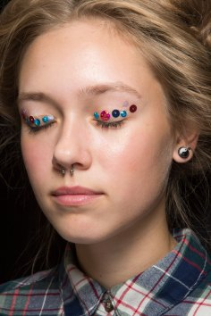Ashish-spring-2016-beauty-fashion-show-the-impression-034