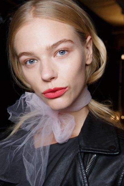 BADGLEY-MISCHKA-backstage-beauty-spring-2016-fashion-show-the-impression-08