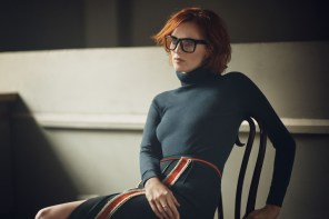 Boden-Icons-collection-fall-2015-karen-elson-the-impression-005