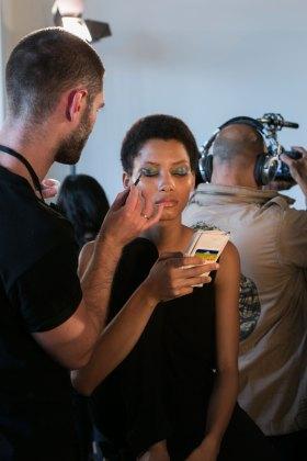 DIANE-VON-FURSTENBERG-beauty-spring-2016-fashion-show-the-impression-12