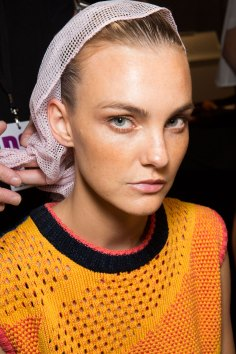DSquared2-backstage-beauty-spring-2016-fashion-show-the-impression-004