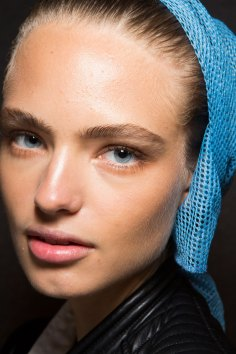 DSquared2-backstage-beauty-spring-2016-fashion-show-the-impression-015