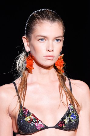 DSquared2-runway-beauty-spring-2016-fashion-show-the-impression-003