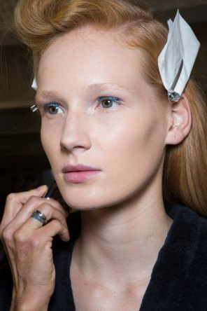 Dries-van-Noten-spring-2016-beauty-fashion-show-the-impression-06
