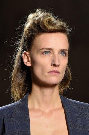 Dries-van-Noten-spring-2016-runway-beauty-fashion-show-the-impression-21