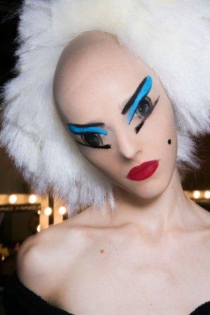 Gareth-Pugh-beauty-spring-2016-fashion-show-the-impression-095