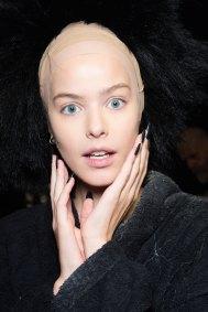Gareth-Pugh-beauty-spring-2016-fashion-show-the-impression-152