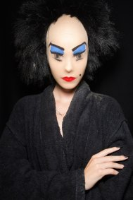 Gareth-Pugh-beauty-spring-2016-fashion-show-the-impression-211