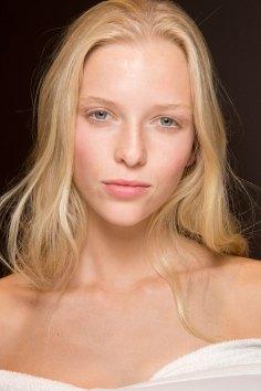 Gucci0-backsatge-beauty-spring-2016-fashion-show-the-impression-087