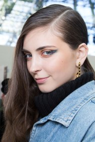Guy-Laroche-spring-2016-beauty-fashion-show-the-impression-28