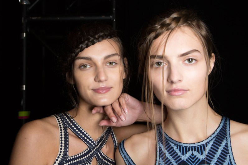 Herve-Leger-backstage-beauty-spring-2016-fashion-show-the-impression-76