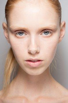 Jil-Sander-backstage-beauty-spring-2016-close-up-fashion-show-the-impression-038