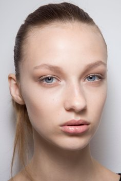 Jil-Sander-backstage-beauty-spring-2016-close-up-fashion-show-the-impression-075