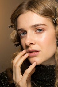 Lemaire-spring-2016-beauty-fashion-show-the-impression-16