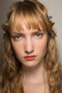 Lemaire-spring-2016-beauty-fashion-show-the-impression-19