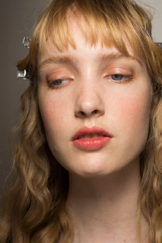 Lemaire-spring-2016-beauty-fashion-show-the-impression-21