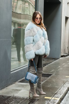 London-Fashion-Week-Street-Style-Day-1-spring-2016-the-impression-040