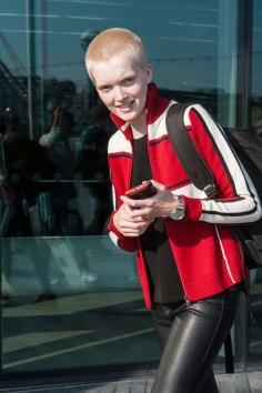 London-fashion-week-street-Style-Day-3-spring-2016-fashion-show-the-impression-008