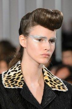 Maison-Margiela-spring-2016-runway-beauty-fashion-show-the-impression-016