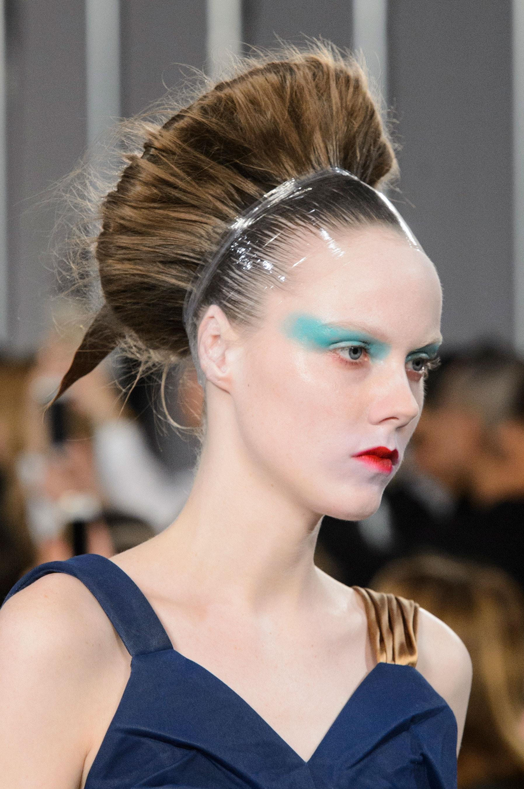 Maison-Margiela-spring-2016-runway-beauty-fashion-show-the-impression-020