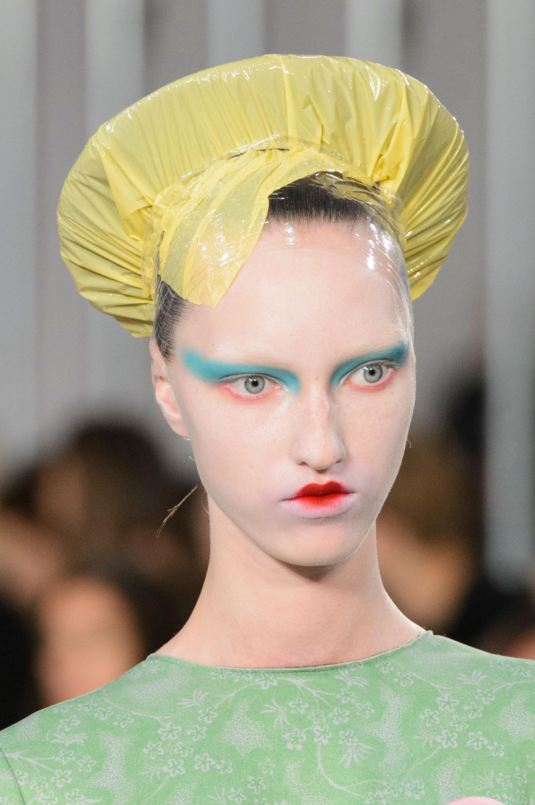 Maison-Margiela-spring-2016-runway-beauty-fashion-show-the-impression-023
