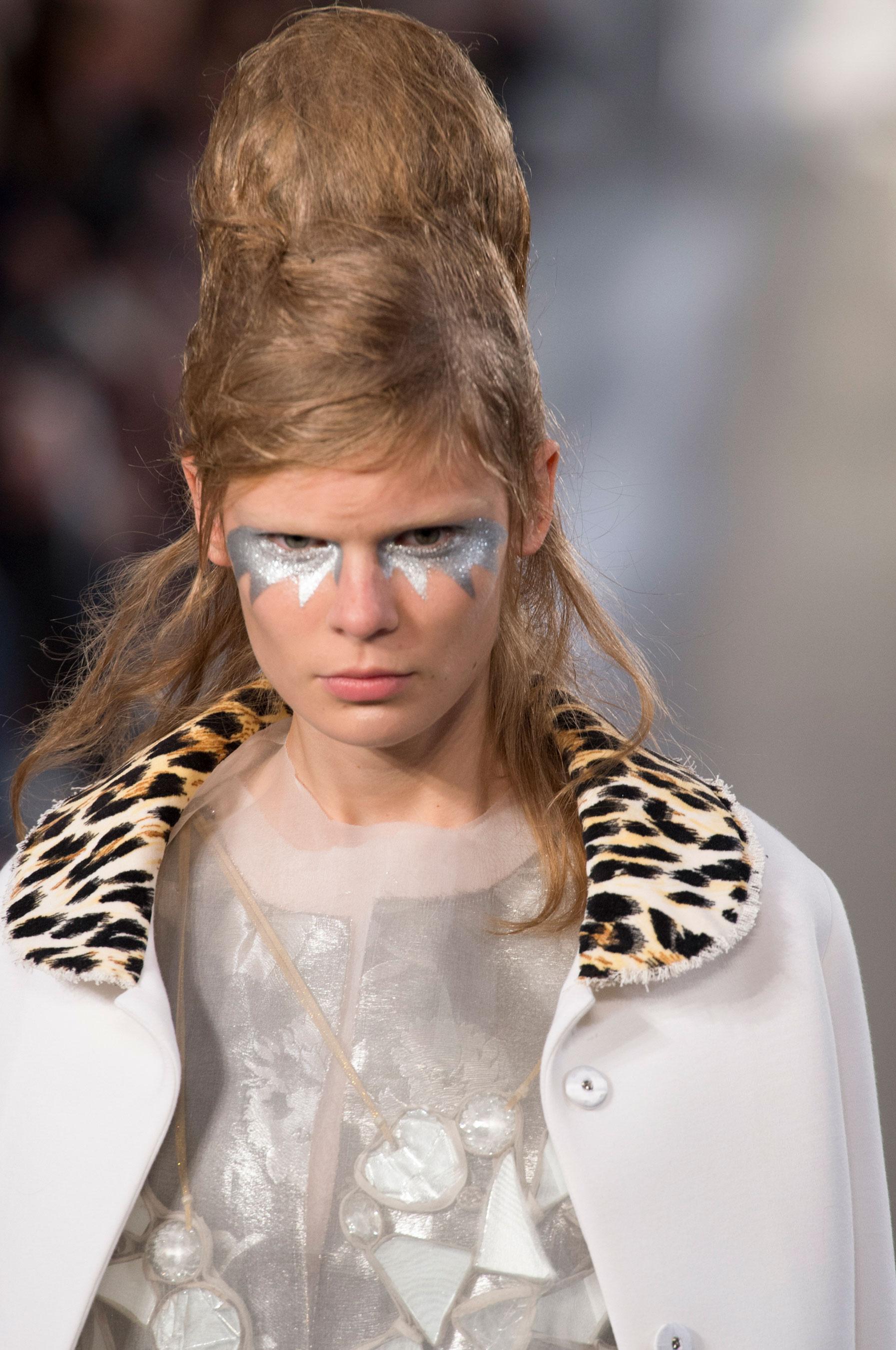 Maison-Margiela-spring-2016-runway-beauty-fashion-show-the-impression-039