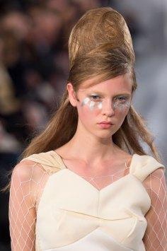 Maison-Margiela-spring-2016-runway-beauty-fashion-show-the-impression-041