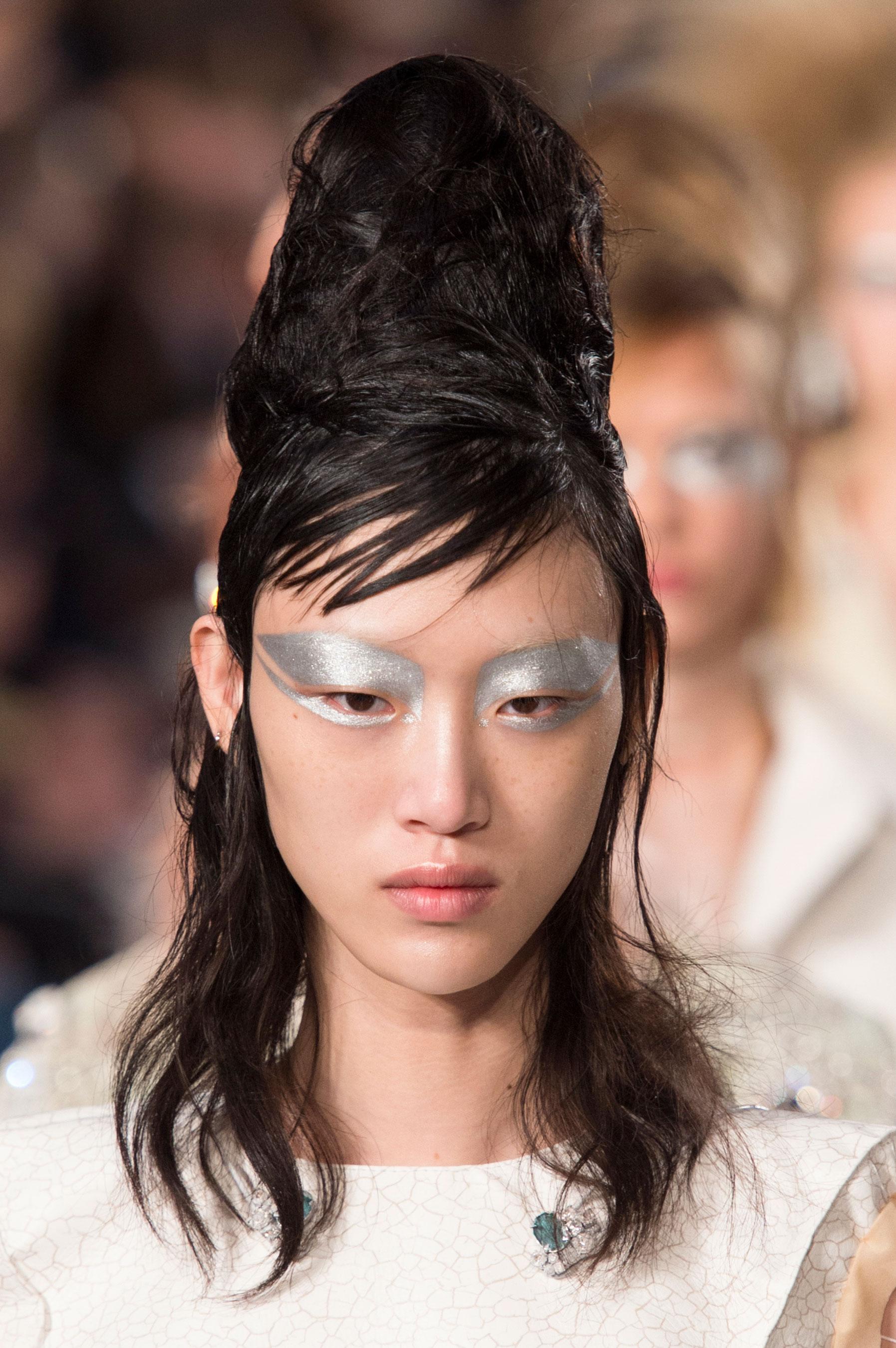 Maison-Margiela-spring-2016-runway-beauty-fashion-show-the-impression-060