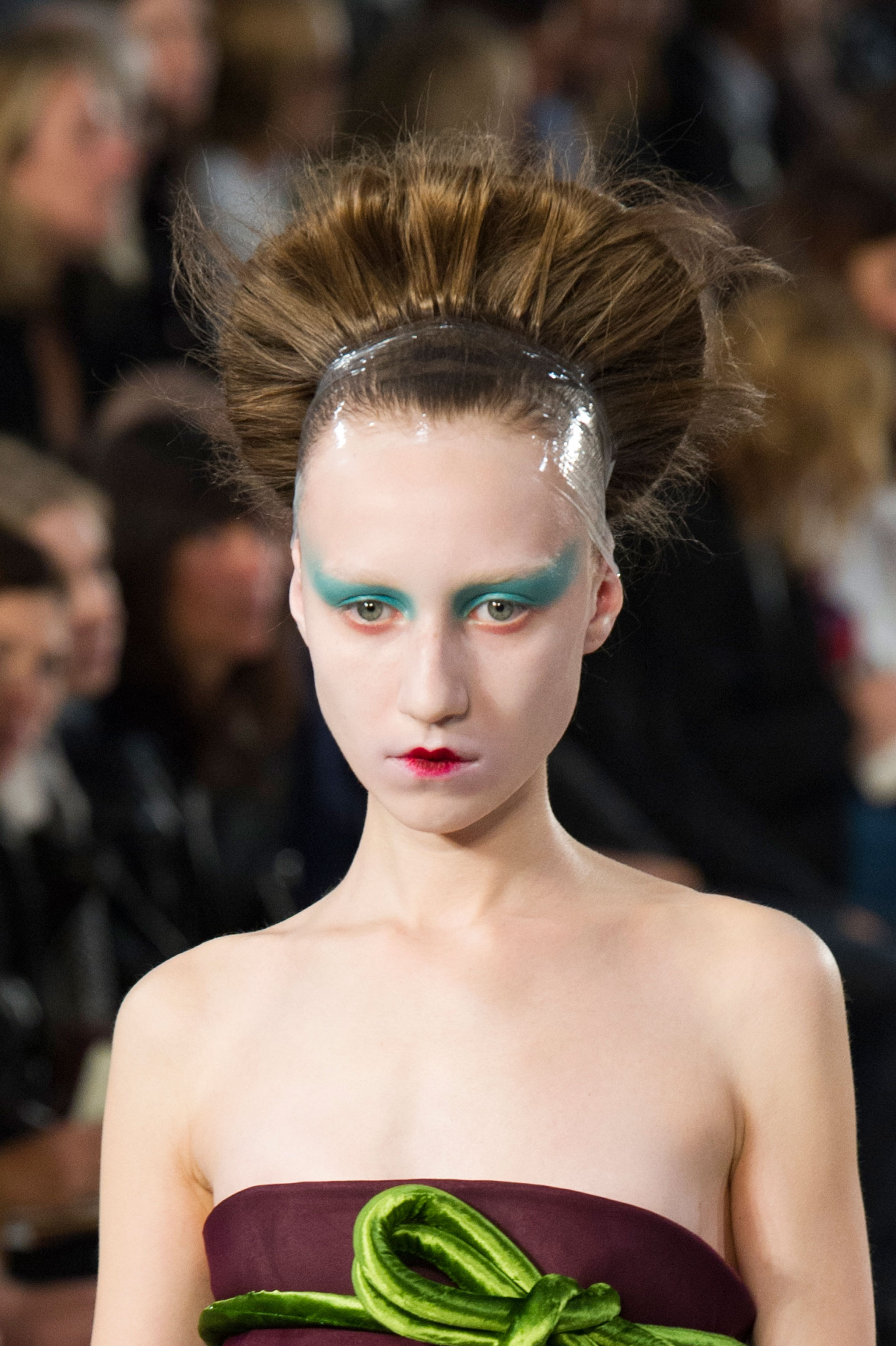 Maison-Margiela-spring-2016-runway-beauty-fashion-show-the-impression-105